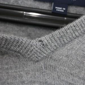 Fred Perry 100% Wool Gray V Neck Sweater C466